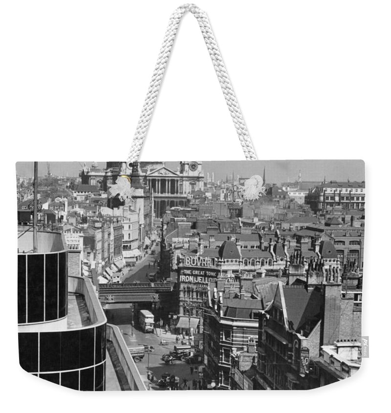 london Weekender Tote Bag featuring the photograph Black Glass Step-backs Of Daily Express by W. Robert Moore