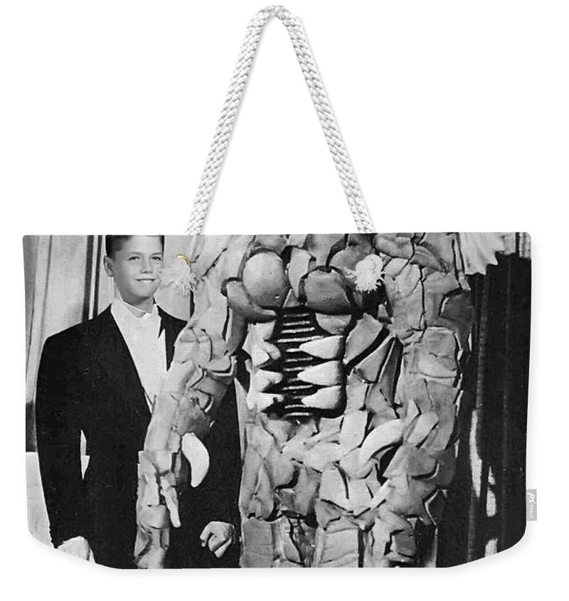 2d Weekender Tote Bag featuring the photograph Blind Date by Brian Wallace