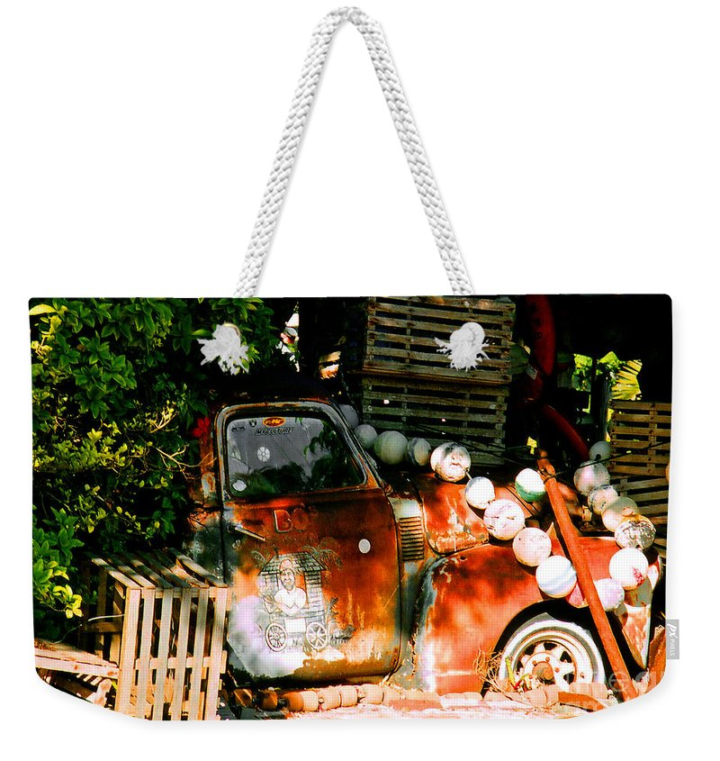 Restaurant Weekender Tote Bag featuring the photograph B.o.'s Fish Wagon In Key West by Susanne Van Hulst