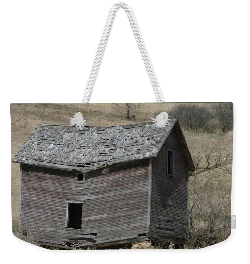 Old Barns Weekender Tote Bag featuring the photograph Breaking Up by Bjorn Sjogren