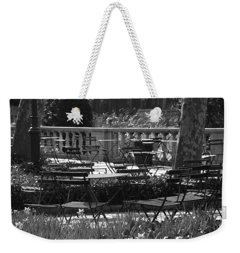 Black And White Weekender Tote Bag featuring the photograph Bryant Park In Black And White by Rob Hans