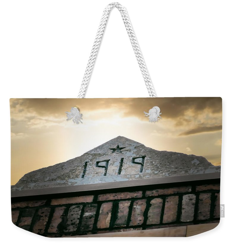 Building Weekender Tote Bag featuring the photograph Building Date by Nick Kirby