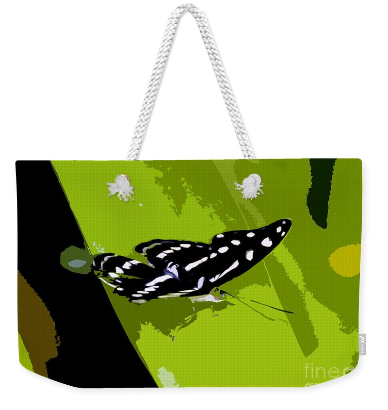 Butterfly Weekender Tote Bag featuring the photograph Butterfly On Green by David Lee Thompson