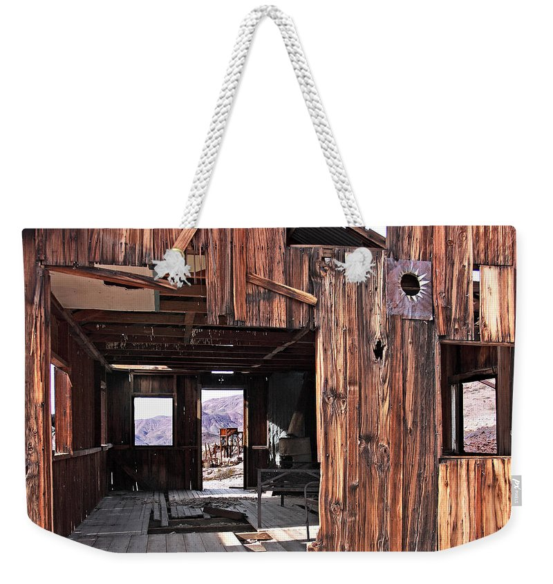 Inyo Mine Weekender Tote Bag featuring the photograph Cabin At Inyo Mine by David Salter