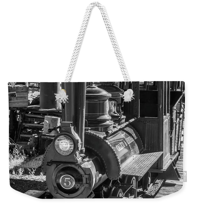 Calico Weekender Tote Bag featuring the photograph Calico Odessa Train In Black And White by Garry Gay