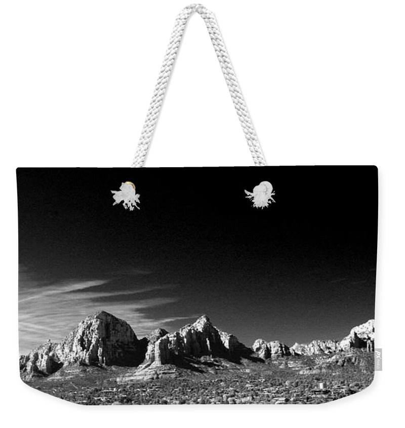 Sedona Weekender Tote Bag featuring the photograph Capital Dome 3 by Randy Oberg