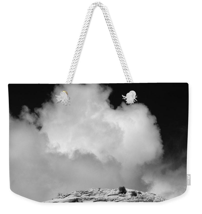 Canyon Weekender Tote Bag featuring the photograph Capitol Reef Np 9449 by Bob Neiman
