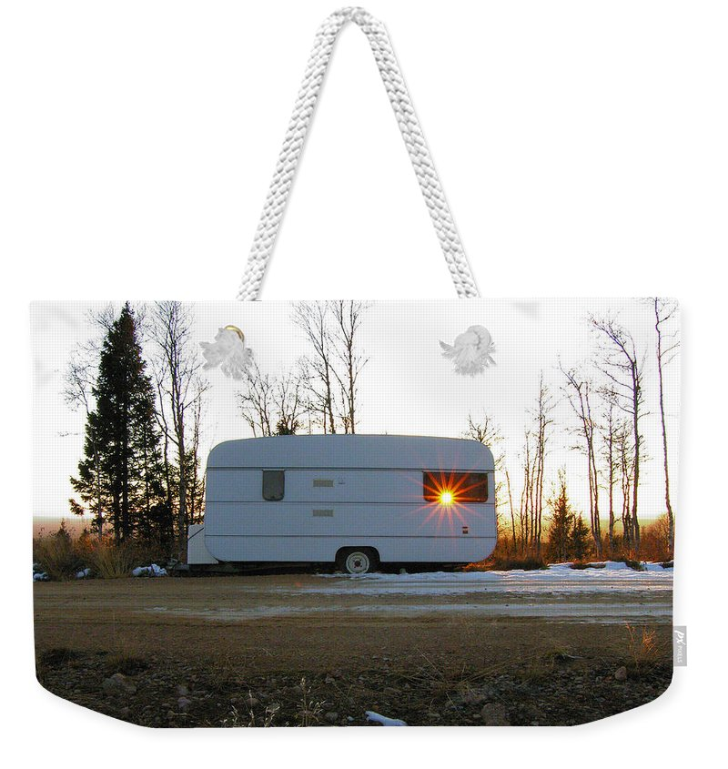 Caravan Weekender Tote Bag featuring the photograph Caravan by Are Lund