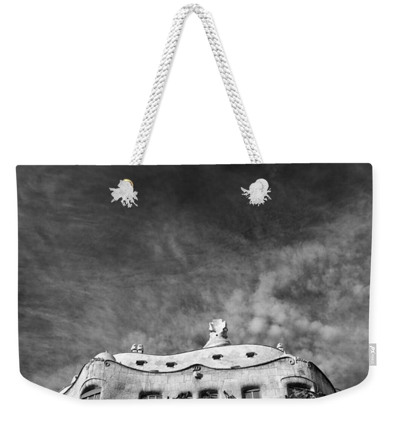 Casa Mila Weekender Tote Bag featuring the photograph Casa Mila by Dave Bowman