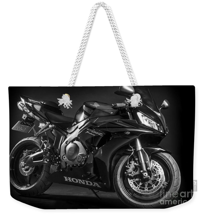 2007 Weekender Tote Bag featuring the photograph Cbr1000rr 2007 by Gunnar Orn Arnason