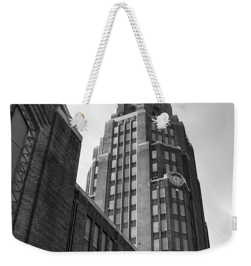 Buildings Weekender Tote Bag featuring the photograph Central Terminal 15142 by Guy Whiteley