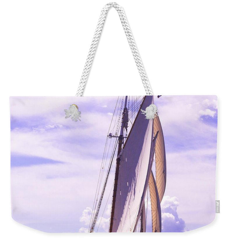 Amistad Weekender Tote Bag featuring the photograph Chasing Columbia by Joe Geraci