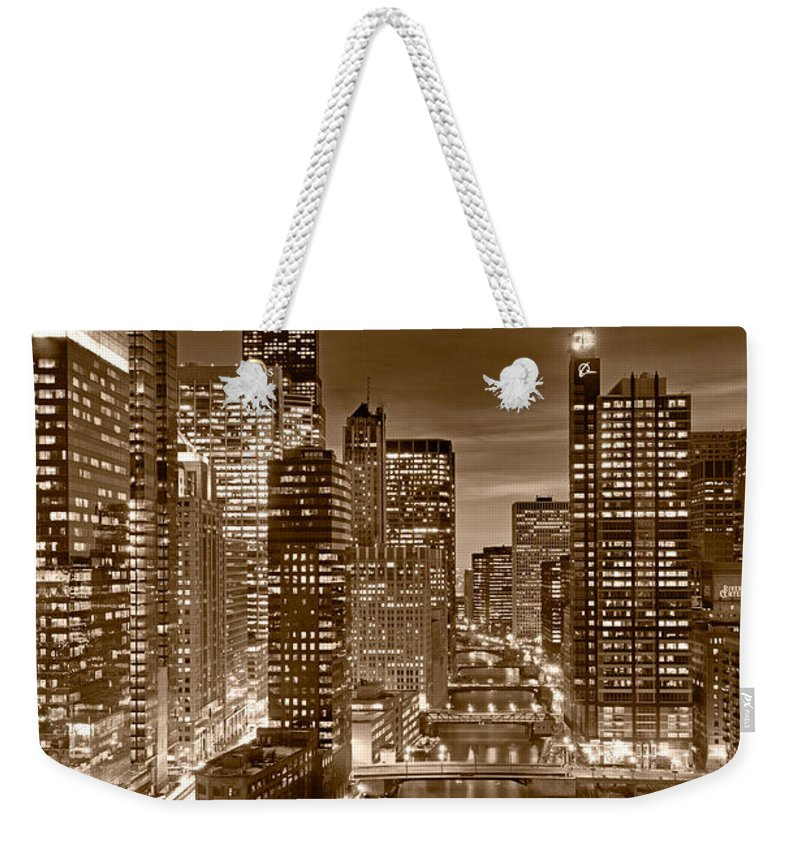 Boeing Weekender Tote Bag featuring the photograph Chicago River City View B And W by Steve gadomski
