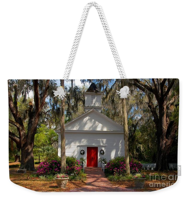Micanopy Florida Weekender Tote Bag featuring the photograph Church At Micanopy by David Lee Thompson