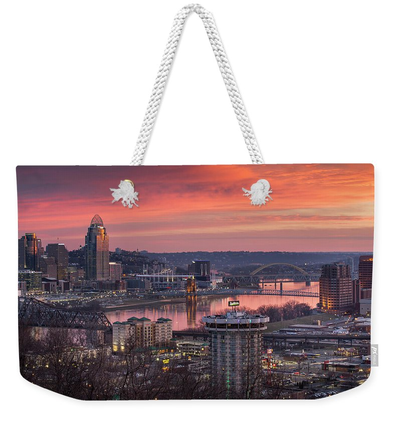 Cincinnati Weekender Tote Bag featuring the photograph Cincinnati Devou Park by Greg Grupenhof