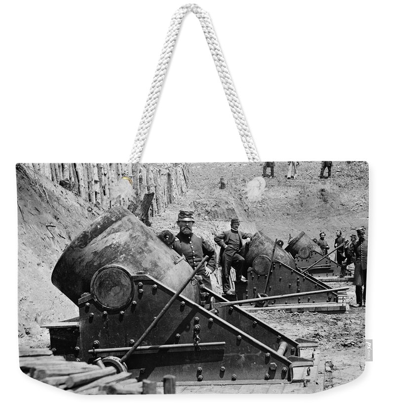 1862 Weekender Tote Bag featuring the photograph Civil War: Union Mortars by Granger