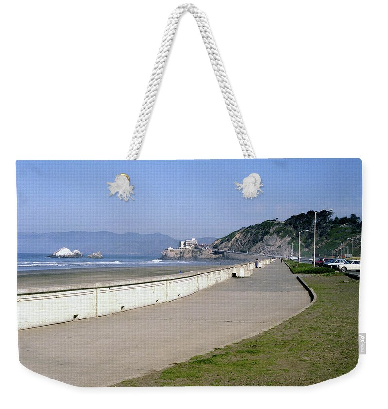 Cliff House Weekender Tote Bag featuring the photograph Cliff House San Francisco by Lee Santa