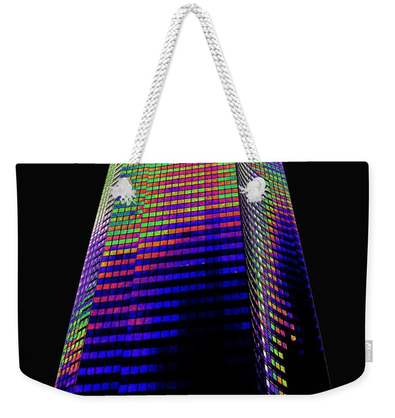 Seattle Weekender Tote Bag featuring the photograph Columbia Tower Seattle Wa by Tim Allen