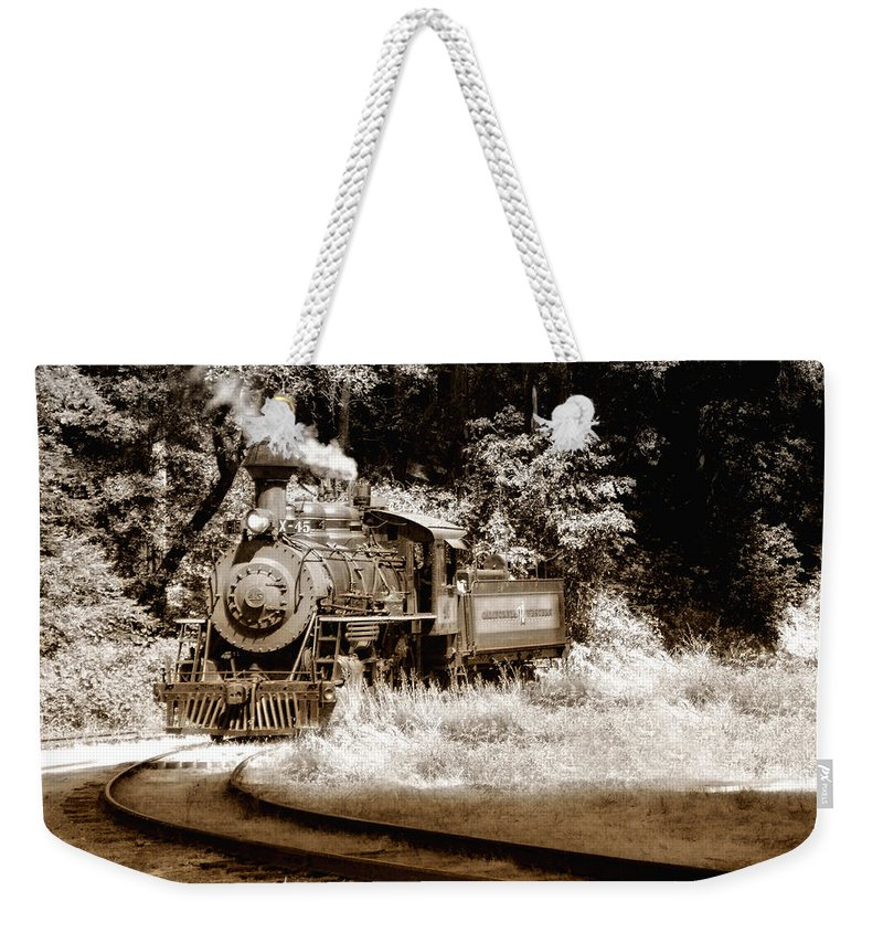 Train Weekender Tote Bag featuring the photograph Comin Round The Mountain by Donna Blackhall