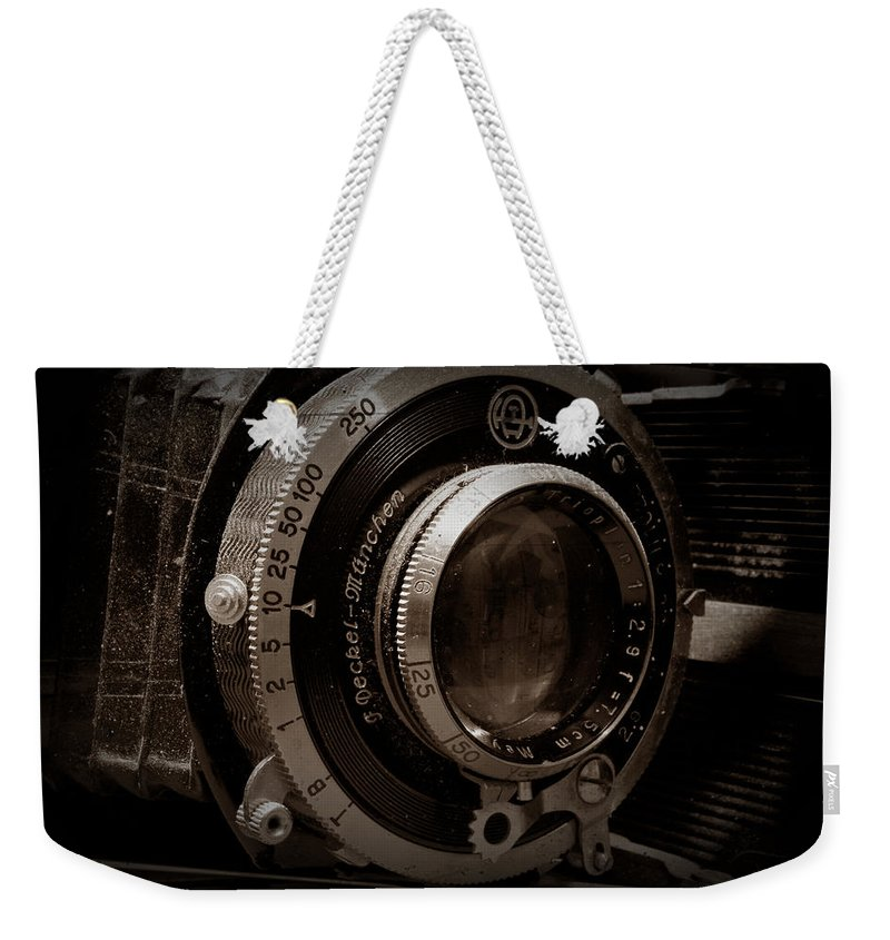 Camera Weekender Tote Bag featuring the photograph Compur Relic by Scott Wyatt