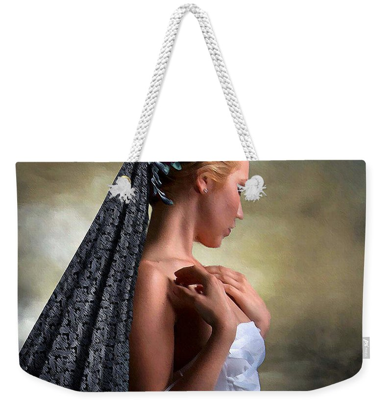 Confident Weekender Tote Bag featuring the photograph Confident Beauty by G Berry