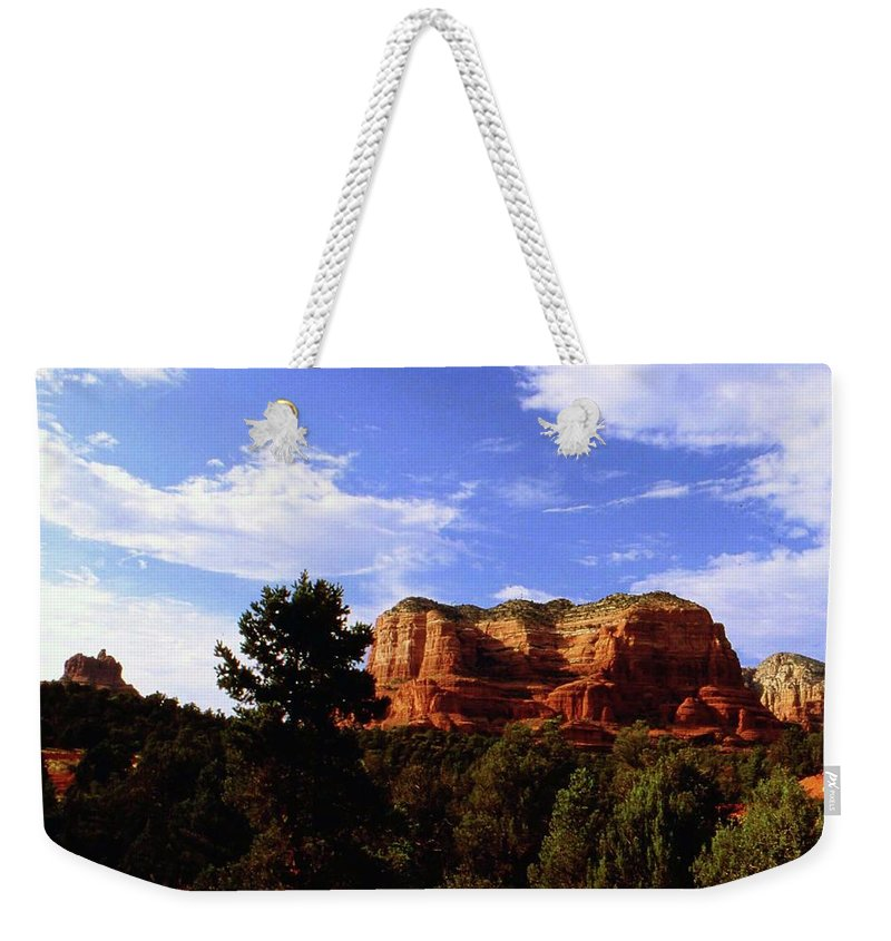 Arizona Weekender Tote Bag featuring the photograph Courthous Butte by Gary Wonning