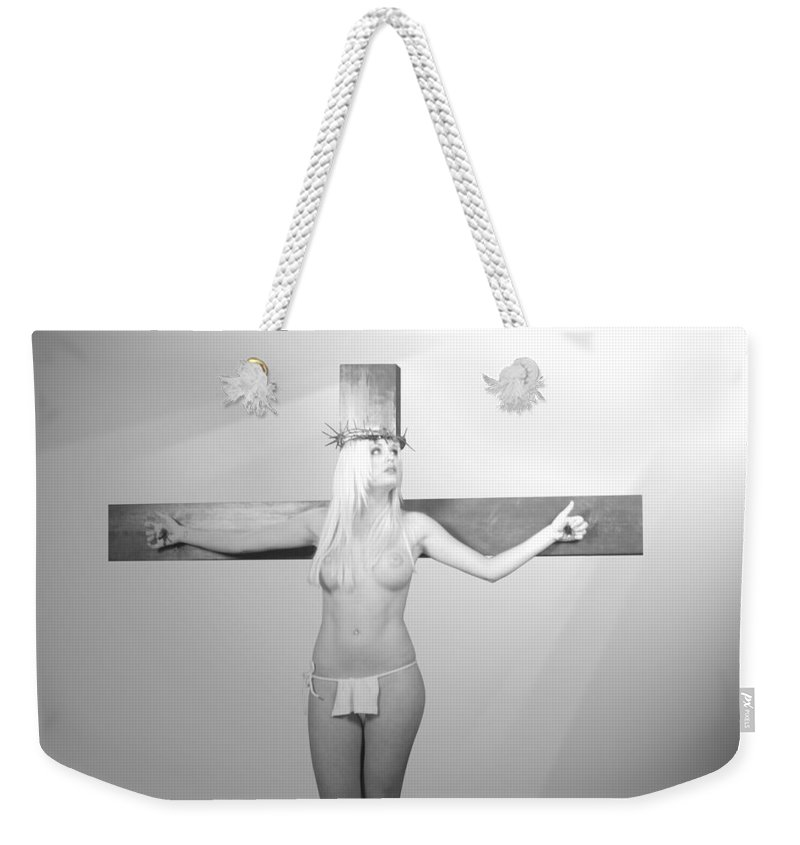 Black And White Weekender Tote Bag featuring the photograph Crucifix And Light by Ramon Martinez