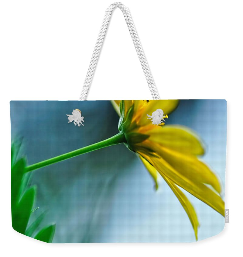 Photography Weekender Tote Bag featuring the photograph Daisy In The Breeze by Kaye Menner