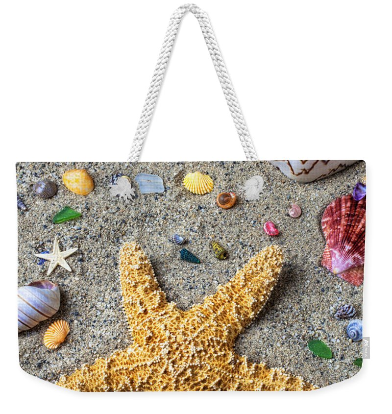 Starfish Weekender Tote Bag featuring the photograph Day At The Beach by Garry Gay