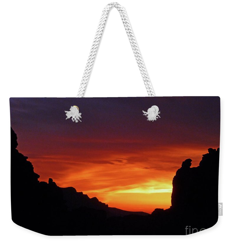 Desert Sunset Weekender Tote Bag featuring the photograph Desert Sunset by Methune Hively