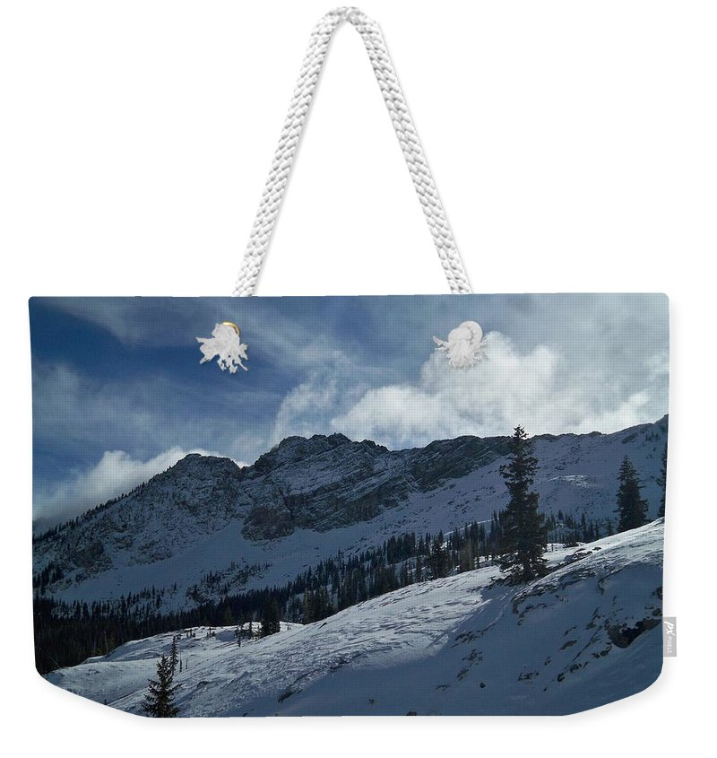 Ski Weekender Tote Bag featuring the photograph Devils Castle Morning Light by Michael Cuozzo