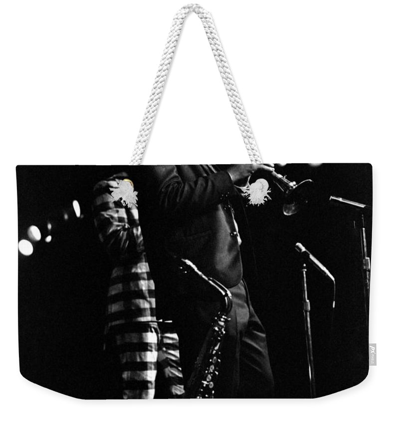 Dewey Redman Weekender Tote Bag featuring the photograph Dewey Redman by Lee Santa