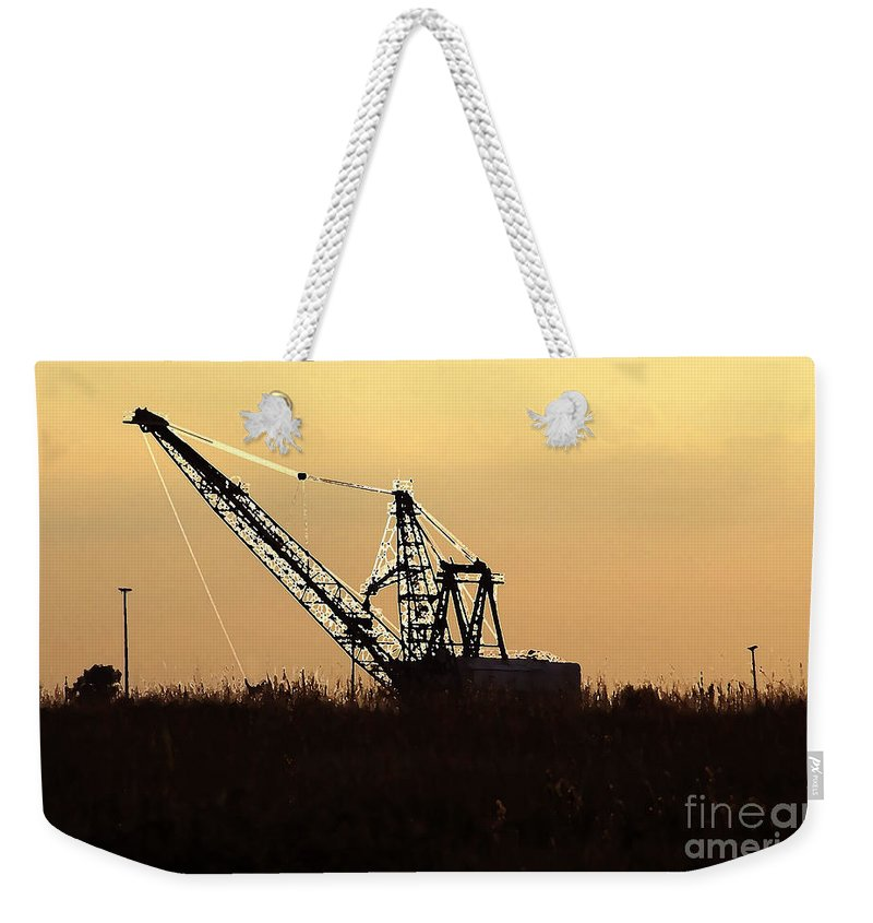 Drag Line Weekender Tote Bag featuring the photograph Drag Line by David Lee Thompson