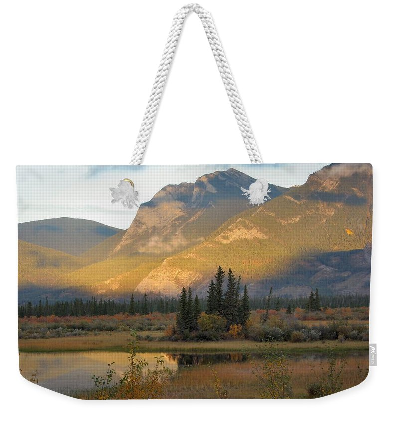 Jasper Weekender Tote Bag featuring the photograph Early Morning In Jasper by Doris Potter