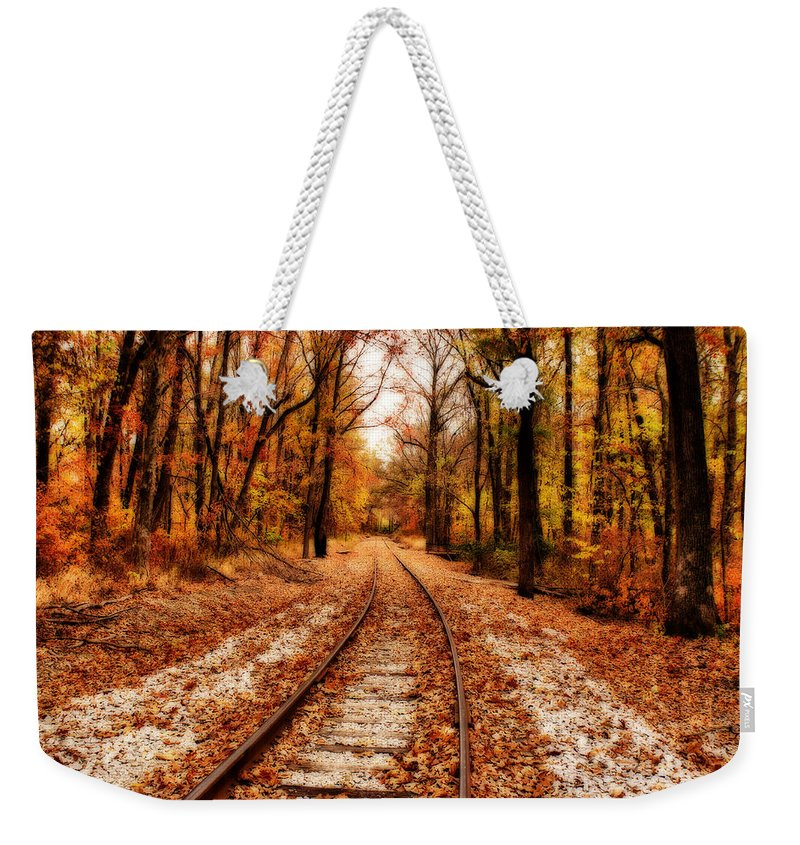 Scenery Weekender Tote Bag featuring the photograph Eastbound by Sandy Keeton