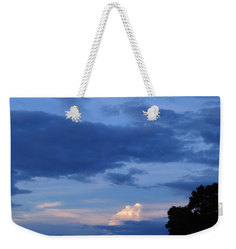 Eastern Sunset Over Hidden Lakes Weekender Tote Bag featuring the photograph Eastern Sunset Over Hidden Lakes by Warren Thompson