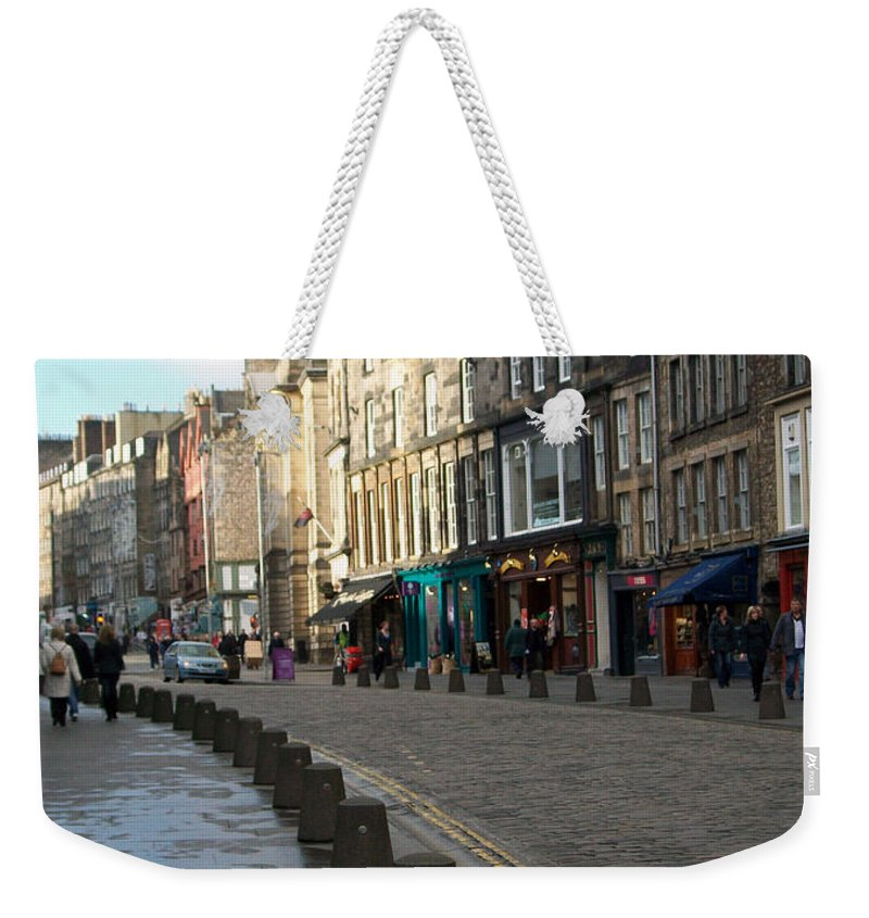 Scotland Weekender Tote Bag featuring the photograph Edinburgh Royal Mile Street by Munir Alawi