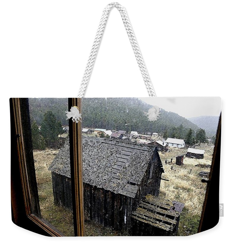 Elkhorn Weekender Tote Bag featuring the photograph Elkhorn Snowfall by Nelson Strong