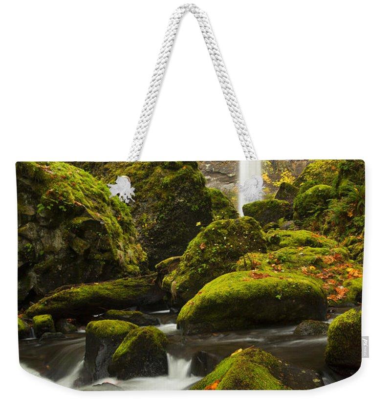 Elowah Falls Weekender Tote Bag featuring the photograph Elowah Autumn by Mike Dawson