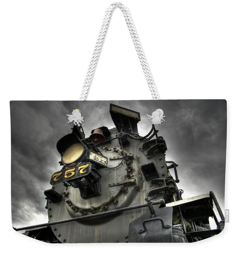 Hdr Weekender Tote Bag featuring the photograph Engine 757 by Scott Wyatt
