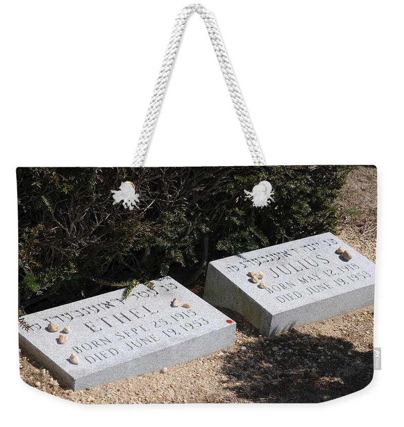 Cemetery Weekender Tote Bag featuring the photograph Ethel And Julius Rosenberg The Spies by Rob Hans