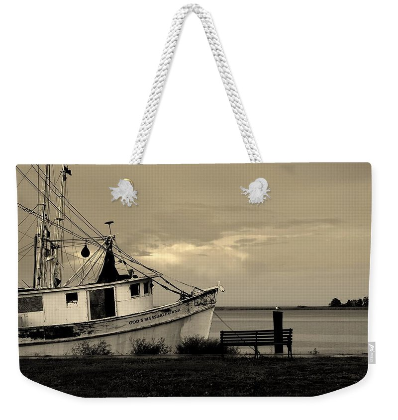 Harbor Weekender Tote Bag featuring the photograph Evening In The Harbor by Susanne Van Hulst