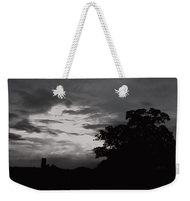 Sky Evening Black And White Sunset Weekender Tote Bag featuring the photograph Evening Sky 3 by Cindy New