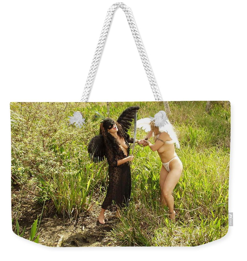 Everglades City Professional Photographer Everglades City Photographer Everglades City Glamour Everglades City Beauty Everglades City Photographer Lucky Cole Angels Sexy Exotic Natural Beauty Glamorous Environmental Portraits Female Natural Settings Exotic Beauty Wildlife Weekender Tote Bag featuring the photograph Everglades City Glamour 156 by Lucky Cole