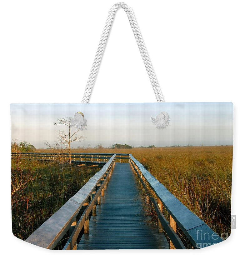 Everglades National Park Florida Weekender Tote Bag featuring the photograph Everglades National Park by David Lee Thompson