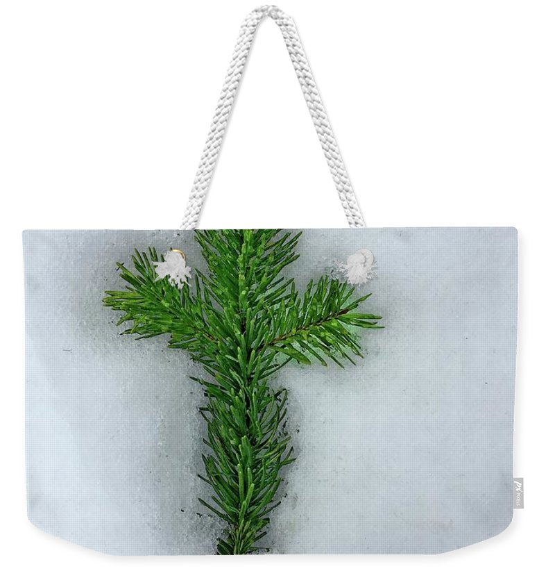 Beauty In Nature Weekender Tote Bag featuring the photograph Evergreen Snow Cross by David Wilson