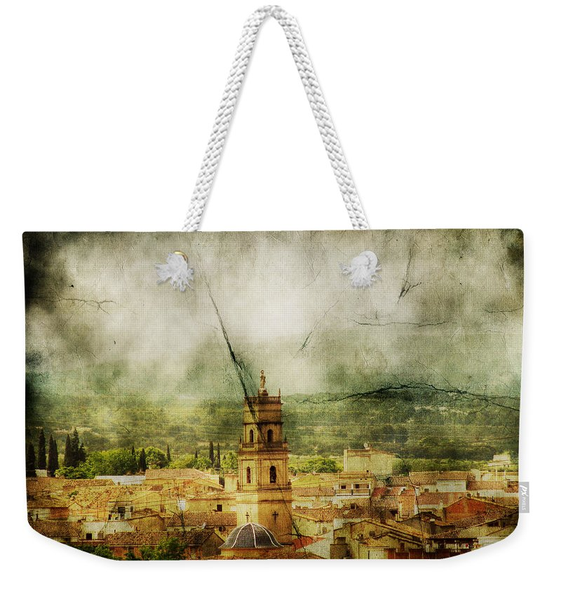 Antique Weekender Tote Bag featuring the photograph Existent Past by Andrew Paranavitana
