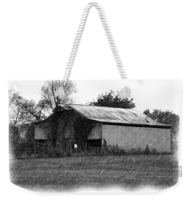 Barn Weekender Tote Bag featuring the photograph Fall 2015 Barn 17 by Ericamaxine Price