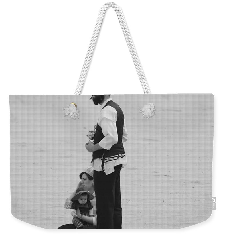 Black And White Weekender Tote Bag featuring the photograph Family Beach Day by Rob Hans