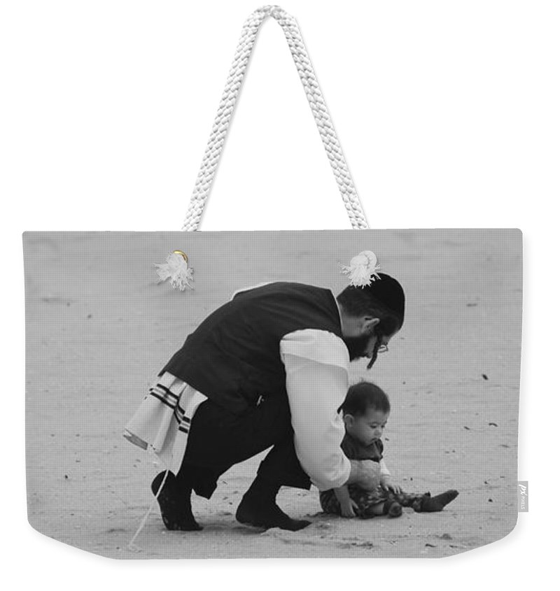 Black And White Weekender Tote Bag featuring the photograph Father And Daughter by Rob Hans